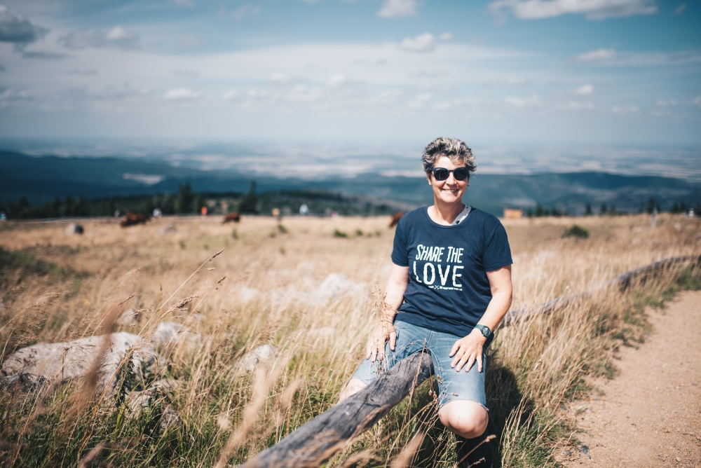 DSC 5224 - Share the love T-shirts