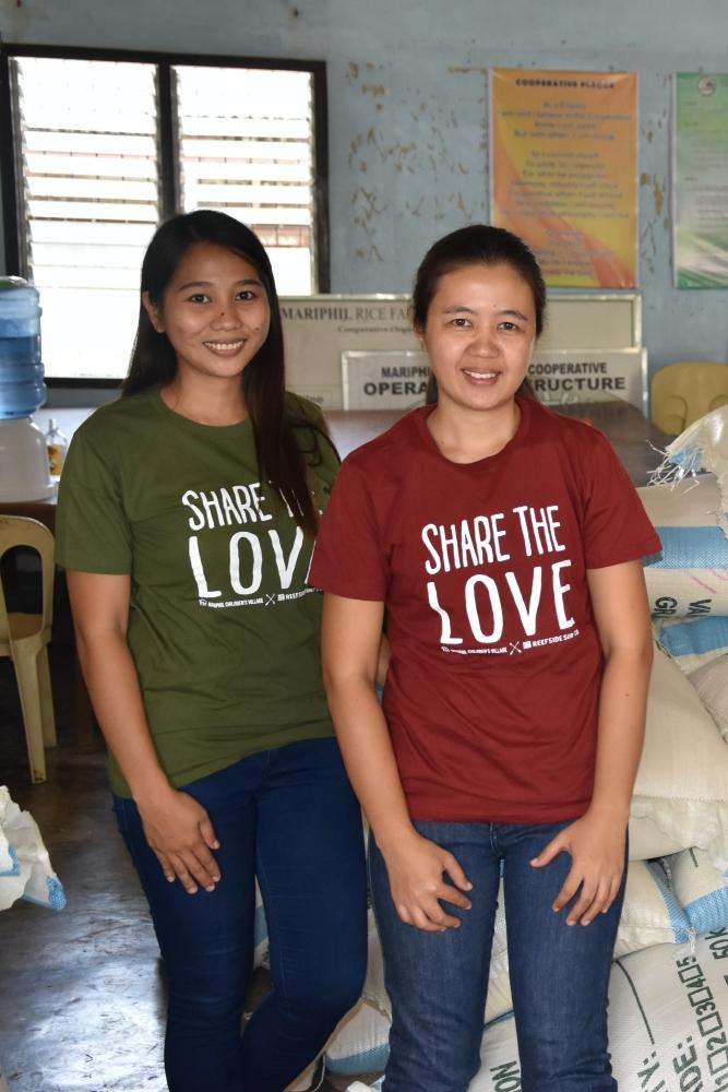 NIK 0008 - Share the love T-shirts